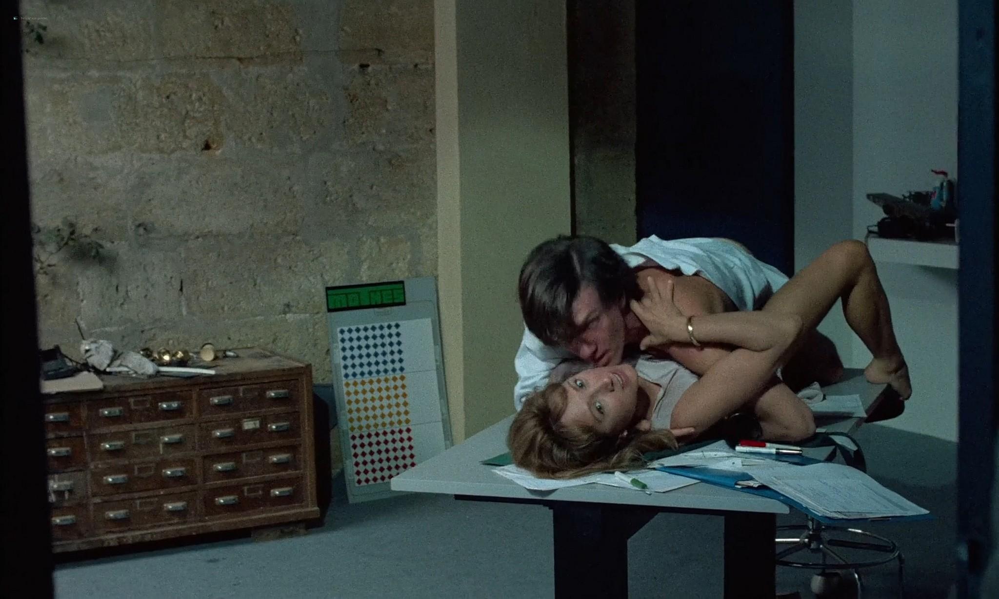 Nathalie Baye nude in the shower En toute innocence FR 1988 1080p BluRay 2