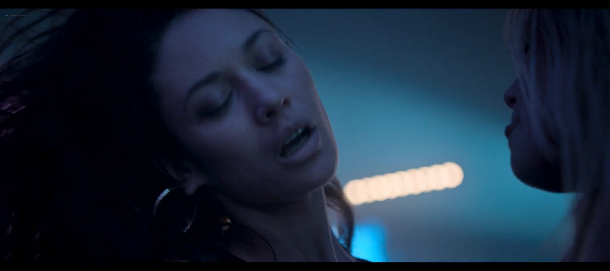 Olga Kurylenko nude lesbian sex with Marine Duvivier Sentinelle 2021 1080p Web 4