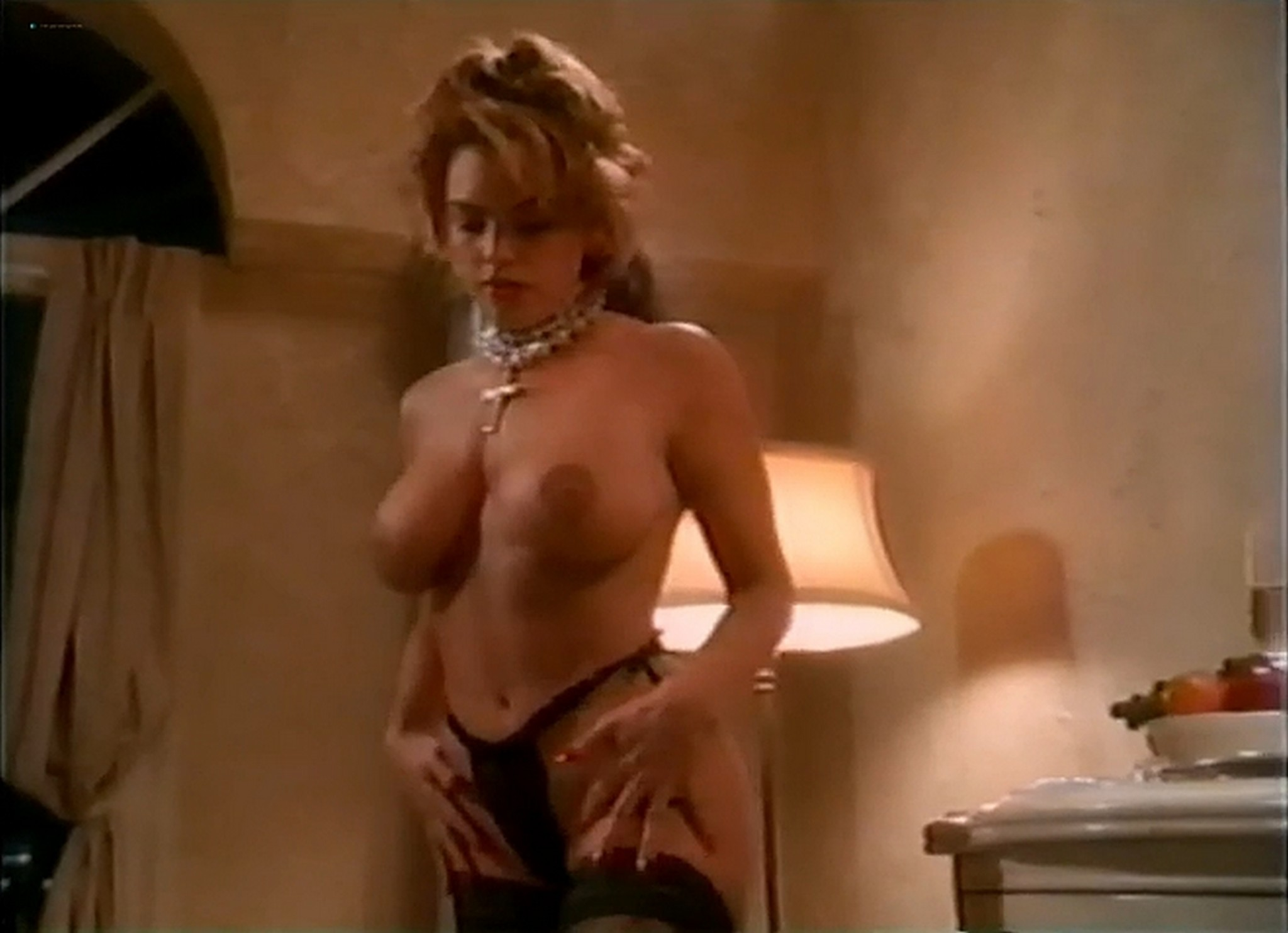 Shannon Whirry nude full frontal Fawna MacLaren and others nude Lady In Waiting 1994 5