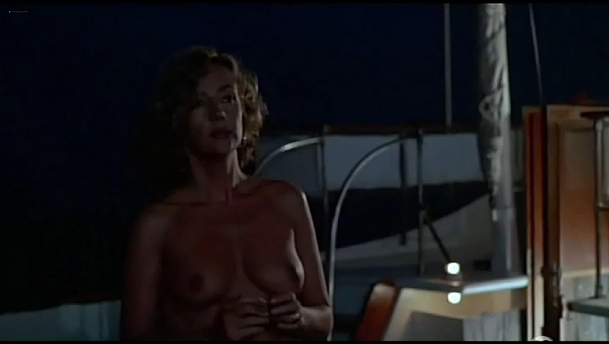 Valerie Kaprisky nude full frontal Caroline Cellier and others nude L annee des meduses 1984 15