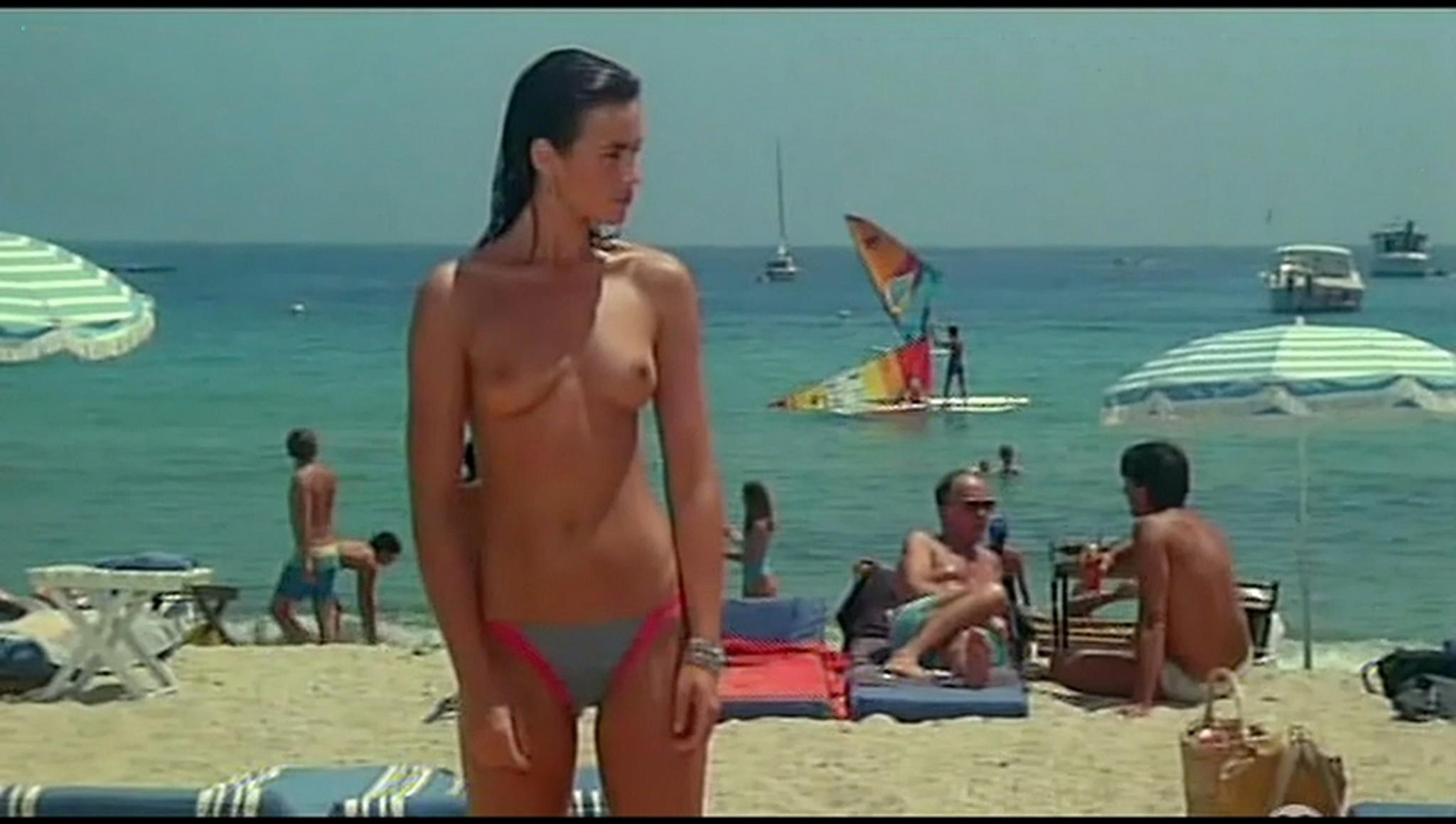 Valerie Kaprisky nude full frontal Caroline Cellier and others nude L annee des meduses 1984 9