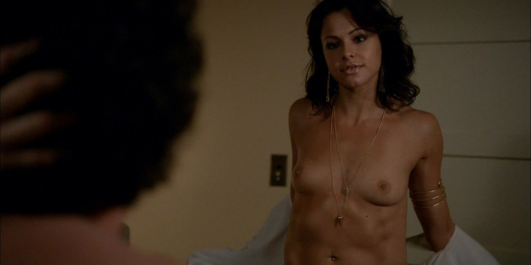 Brigette Davidovici nude butt and topless and Heather Graham hot Californication 2014 s7e5 e6 HD 1080p 3