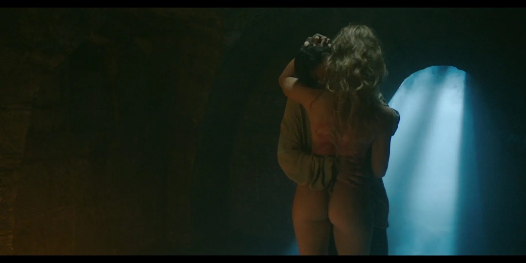 Charlotte Kirk nude butt naked and sex The Reckoning 2020 1080p BluRay 13