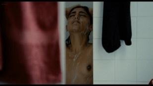 Golshifteh Farahani nude topless - Les Deux Amis (FR-2014) 1080p Web