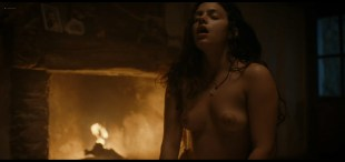 Laetitia Casta sexy Noée Abita nude hot sex - Une Ile (2019) s1e4-6 1080p