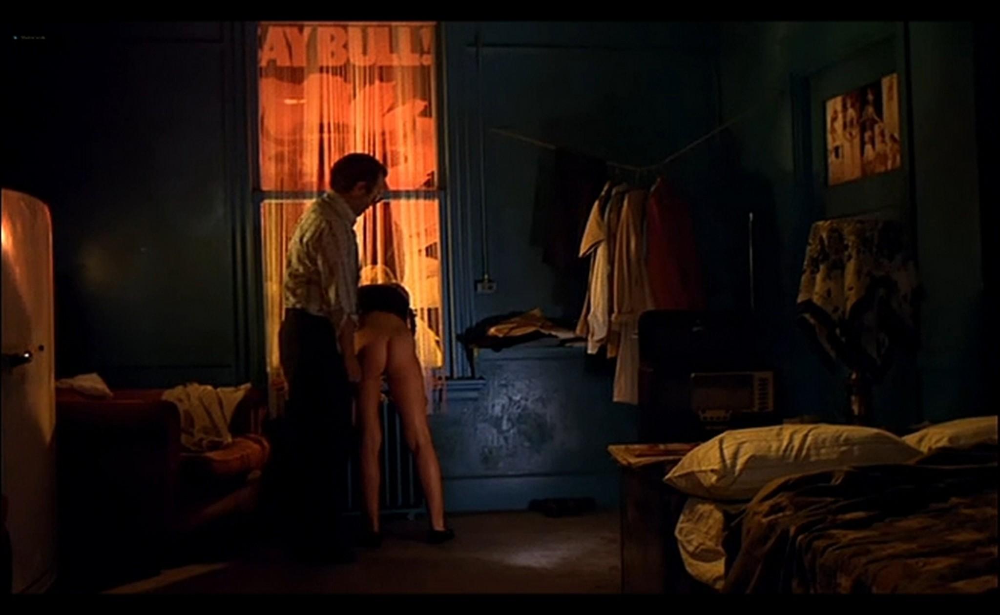 Ornella Muti nude Susan Tyrrell nude full frontal Storie Di Ordinaria Follia 1981 12