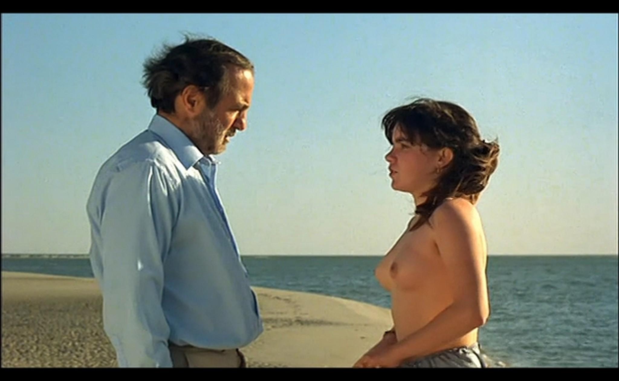 Ornella Muti nude Susan Tyrrell nude full frontal Storie Di Ordinaria Follia 1981 18