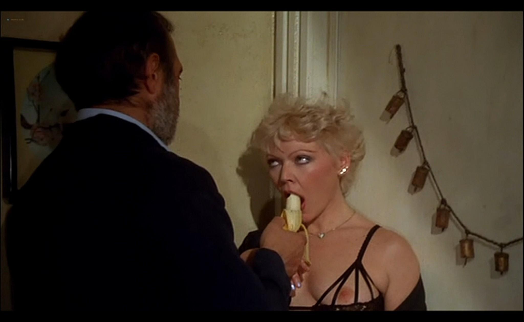 Ornella Muti nude Susan Tyrrell nude full frontal Storie Di Ordinaria Follia 1981 4
