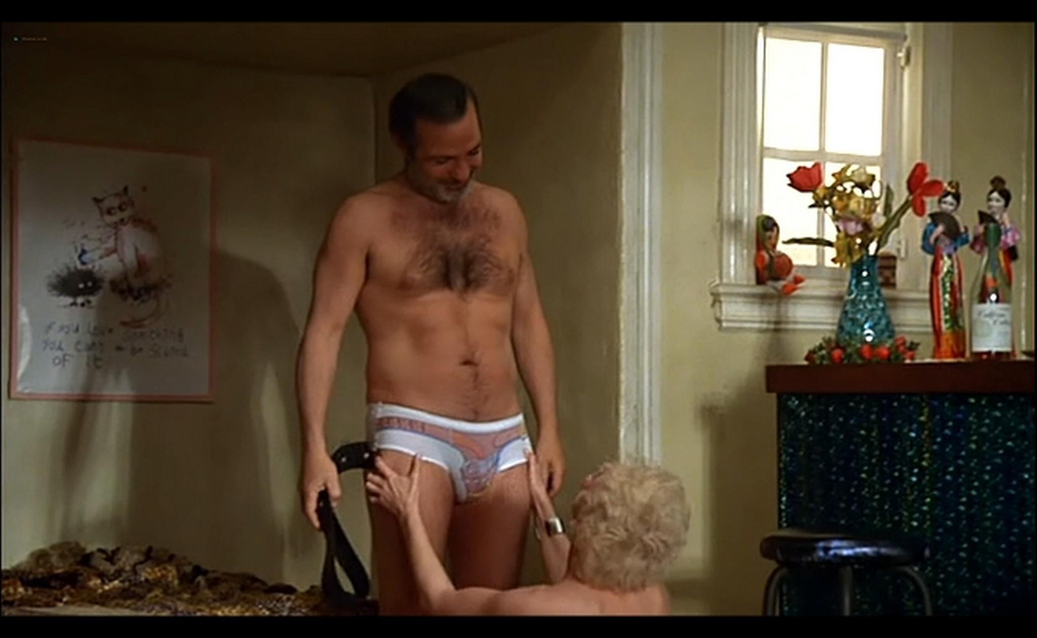Ornella Muti nude Susan Tyrrell nude full frontal Storie Di Ordinaria Follia 1981 7