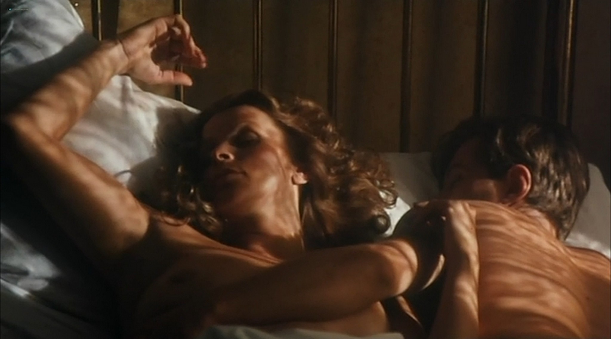 Ornella Muti nude and Senta Berger nude sex Nest of Vipers 1978 5