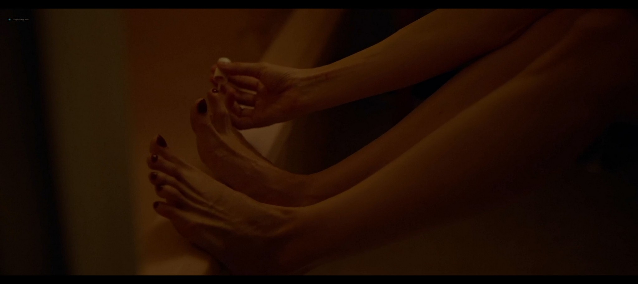 Heather Graham sexy Sophie Nelisse Jodi Balfour hot The Rest of Us 2019 1080p WEB 2
