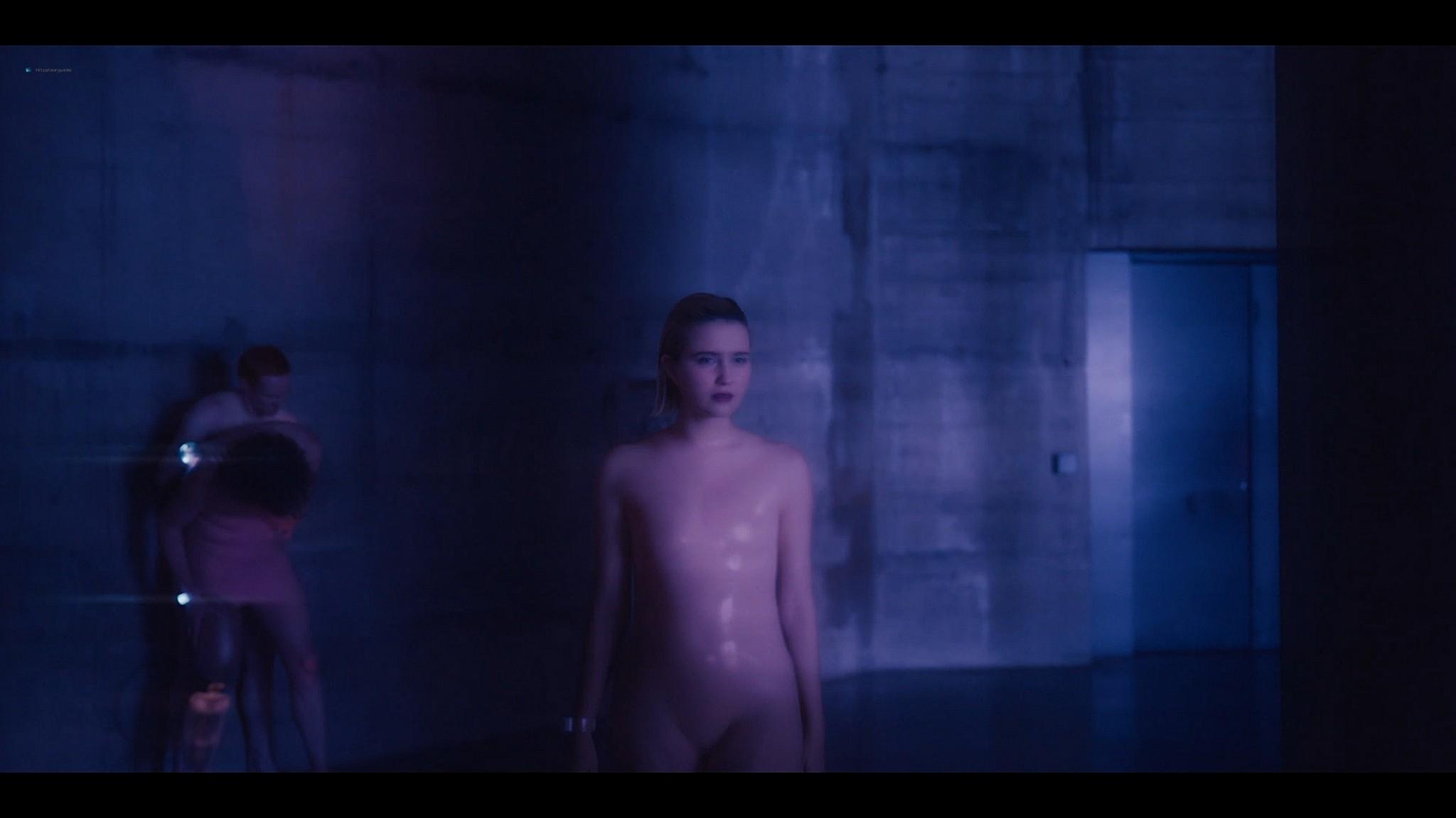 Julia Goldani Telles sex and hot The Girlfriend Experience 2021 s3e6 1080p Web 9