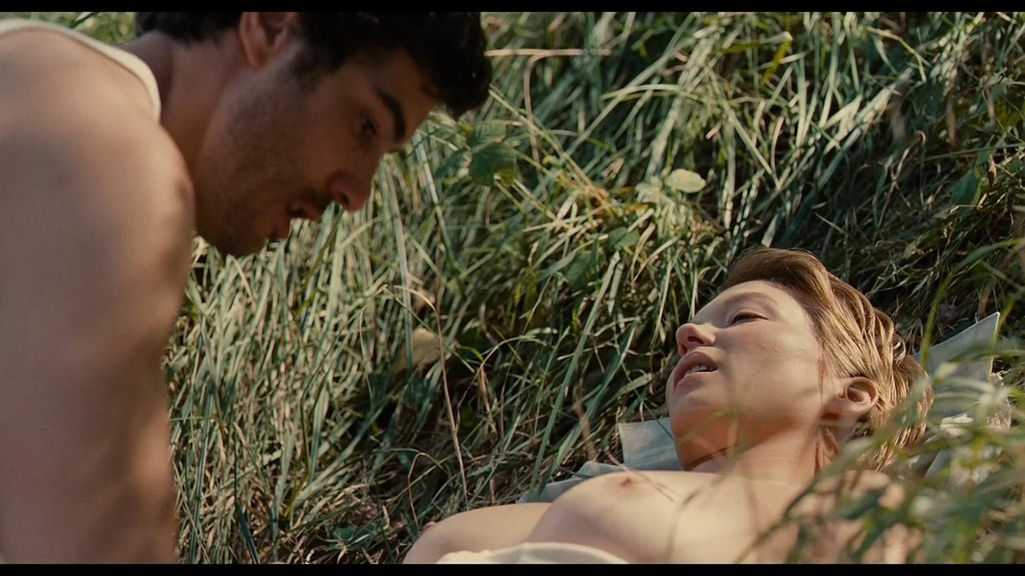 Lea Seydoux nude full frontal bush and sex Grand Central 2013 HD 1080p BluRay 4