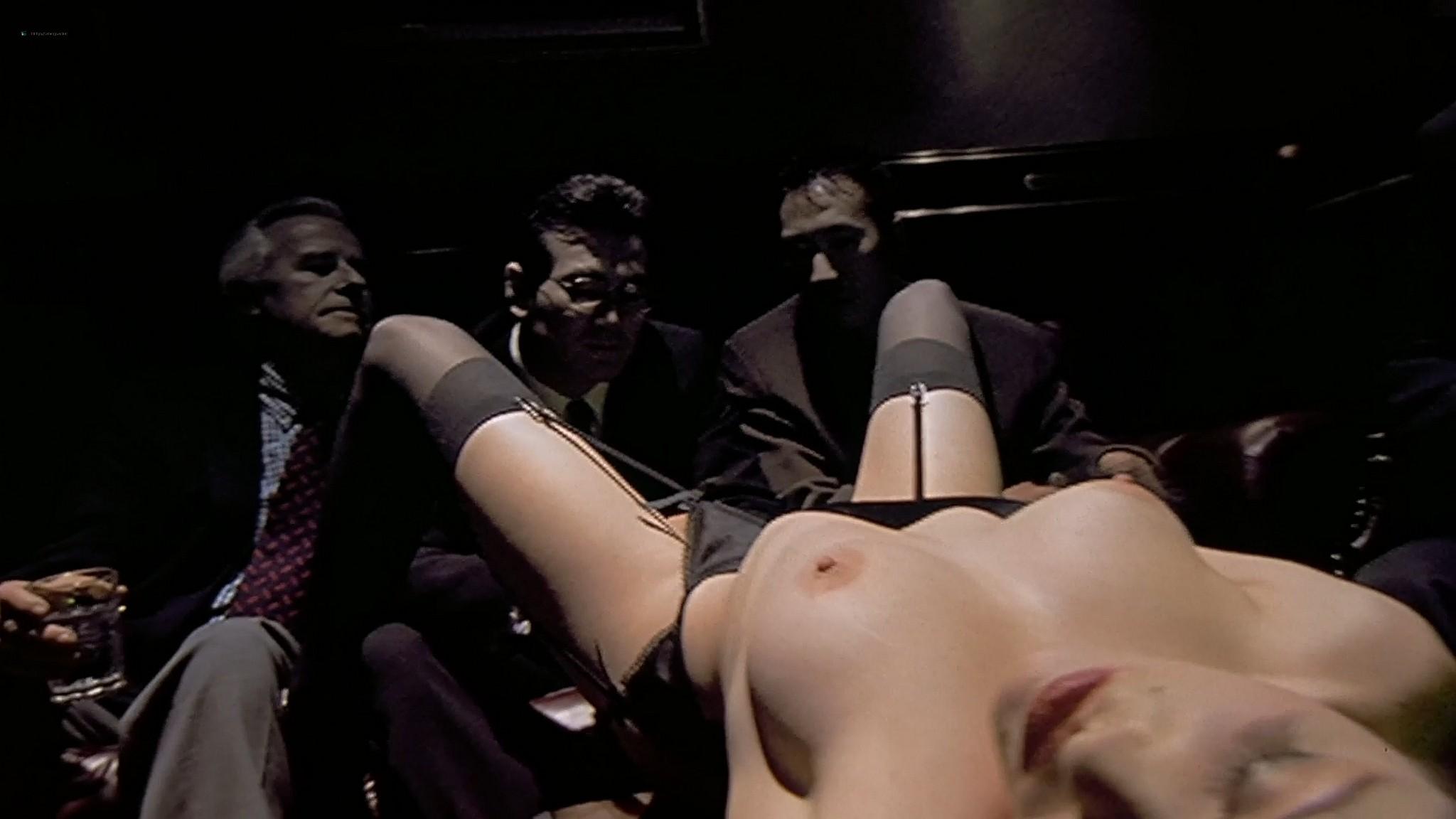 Molly Parker nude sex Alisha Klass explicit Carla Gugino sexy The Center of the World 2001 1080p