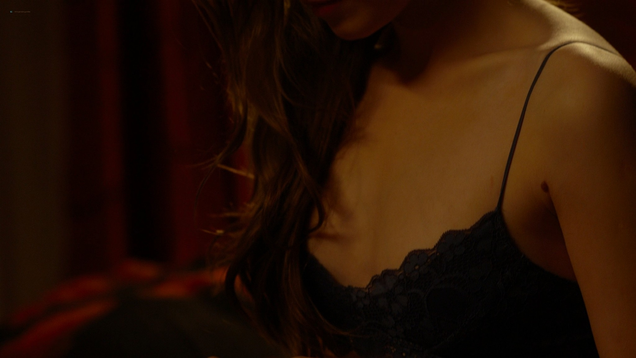 Sarah Bolger sexy Crystal Reed and Caitriona Balfe hot Crush 2013 1080p BluRay REMUX 12
