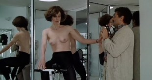 Sigourney Weaver nude topless and very hot Half Moon Street 1986 8