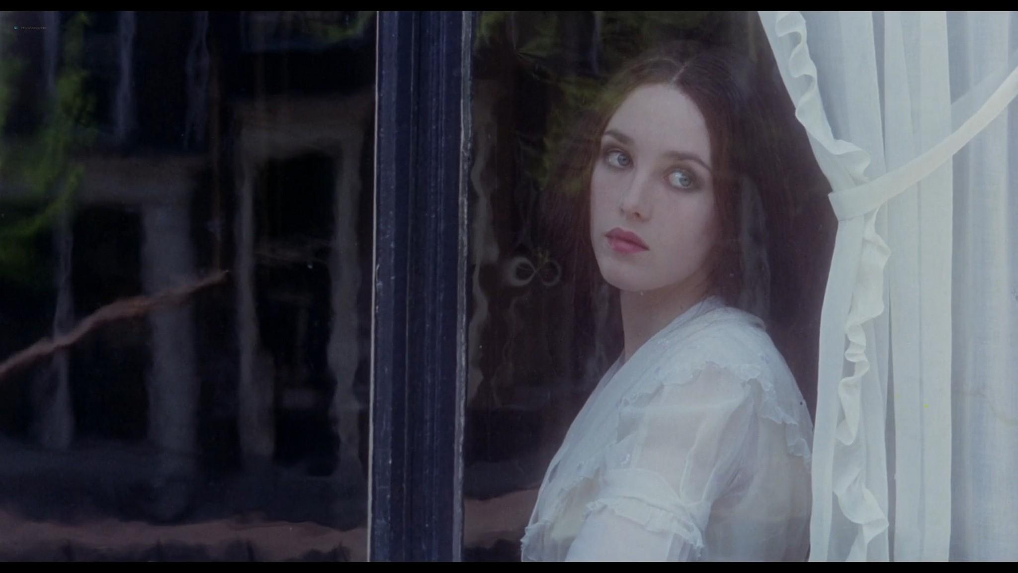 Isabelle Adjani cute and sexy Nosferatu the Vampyre 1979 1080p BluRay 3