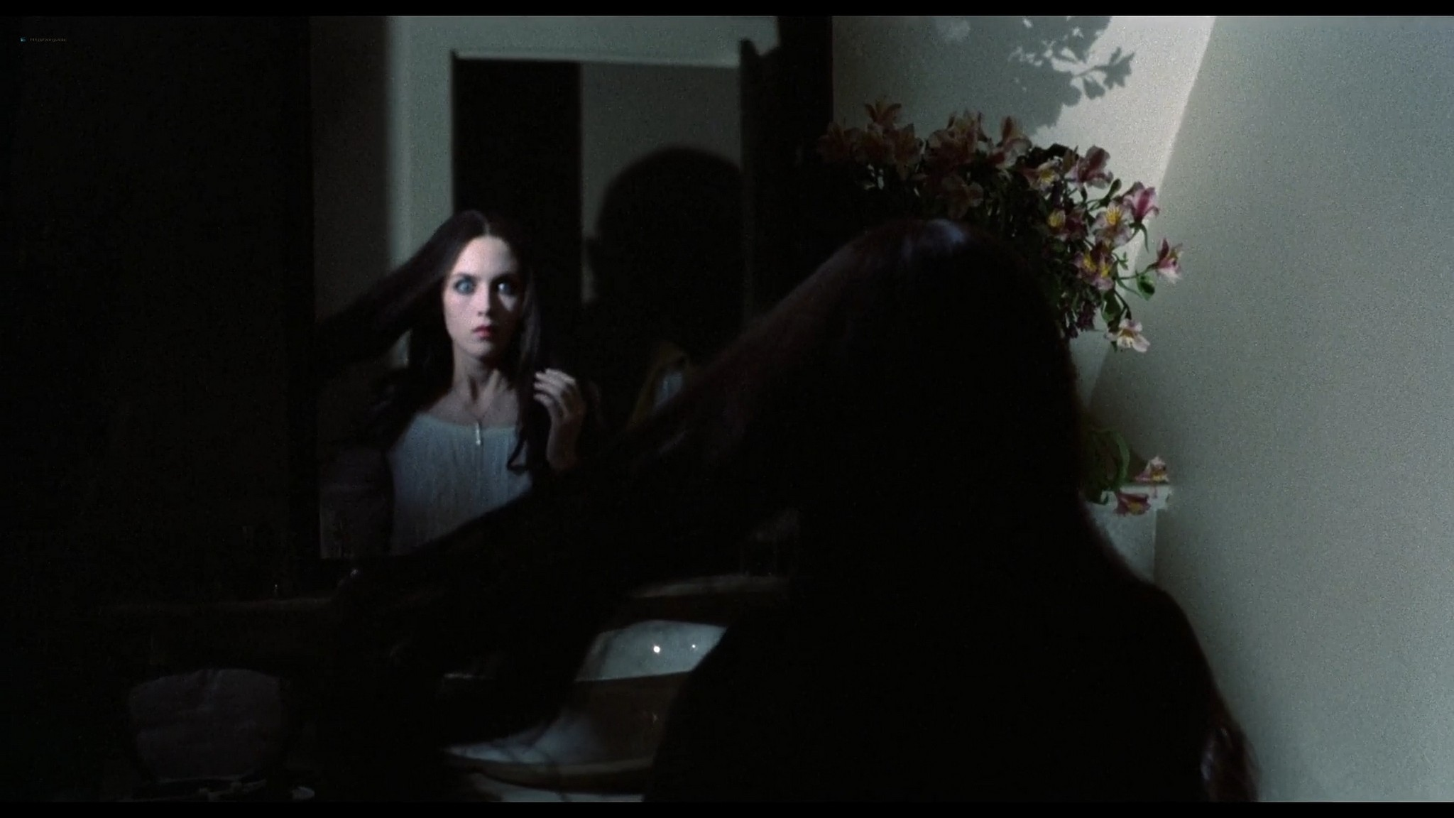 Isabelle Adjani cute and sexy Nosferatu the Vampyre 1979 1080p BluRay 4