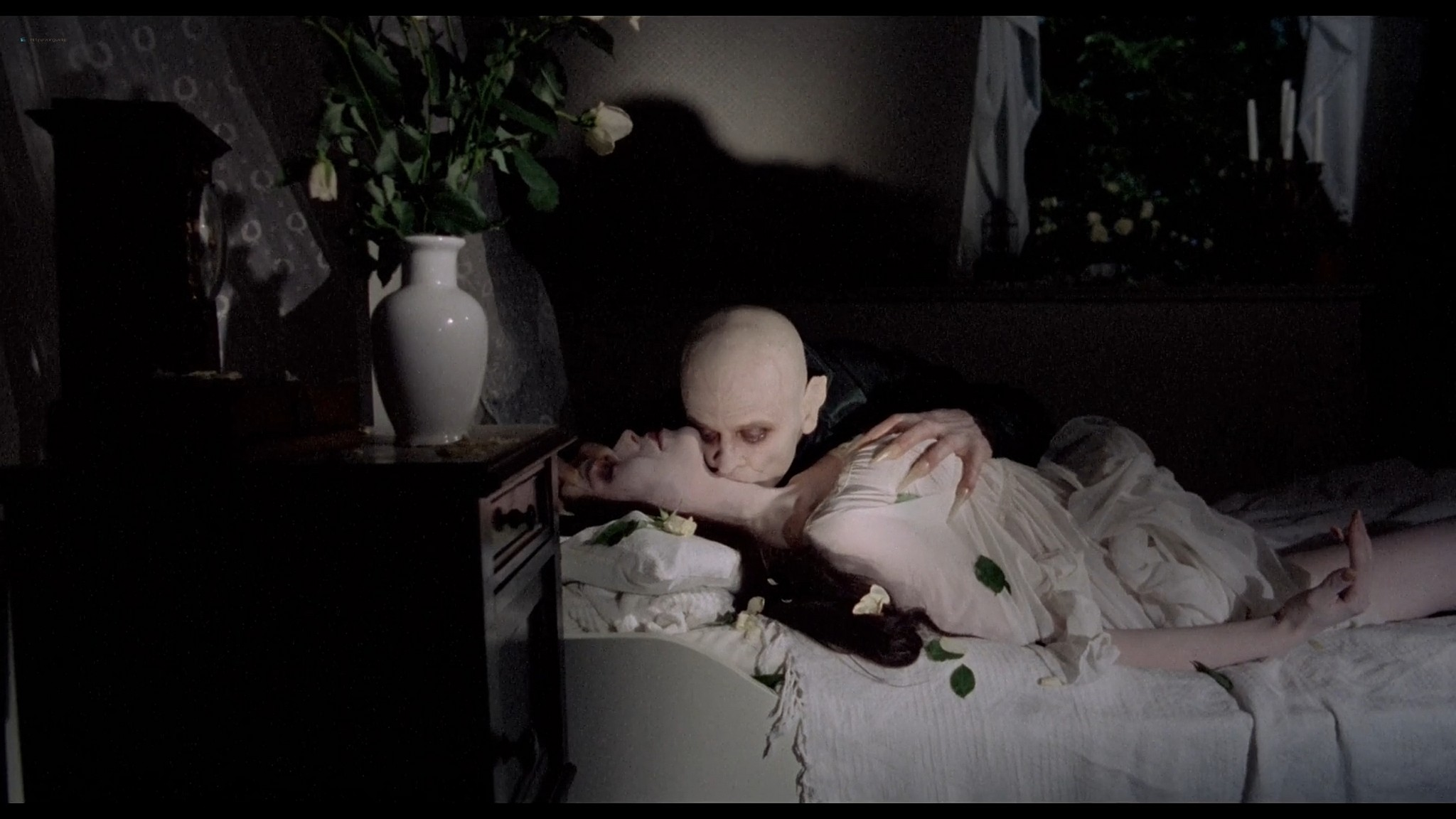 Isabelle Adjani cute and sexy Nosferatu the Vampyre 1979 1080p BluRay 8