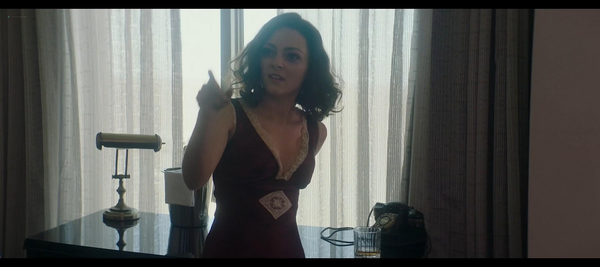 Minka Kelly hot in a swimsuit AnnaSophia Robb sexy Lansky 2021 1080p Web 12