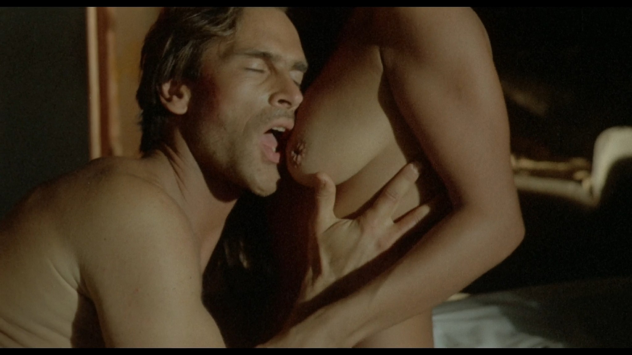 Suzane Carvalho nude bush Susan Hahn nude too Massacre in Dinosaur Valley BR 1985 HD 1080p BluRay REMUX 3