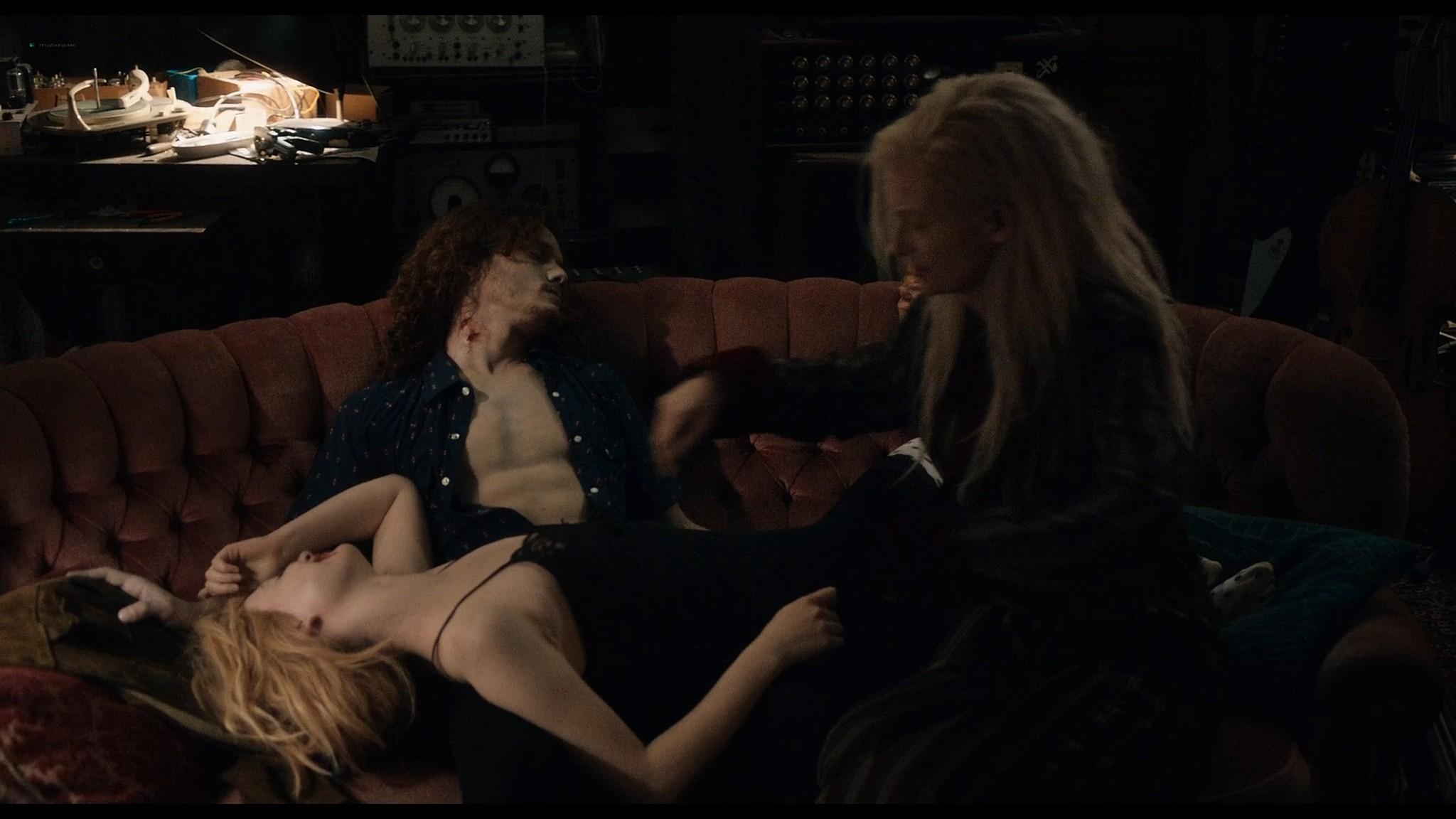 Tilda Swinton nude Mia Wasikowska sexy Only Lovers Left Alive 2013 HD 1080p BluRay 12