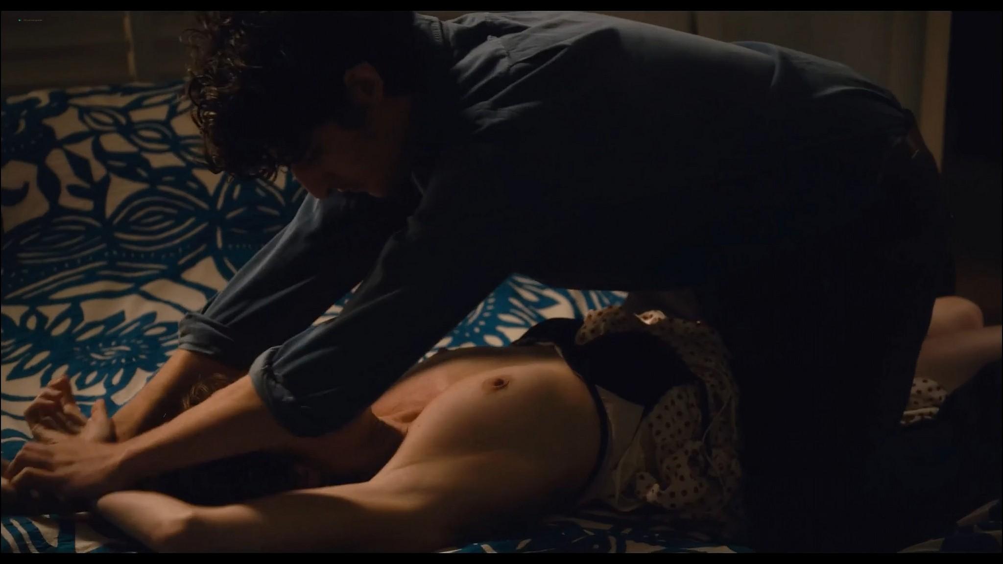 Valeria Bruni Tedeschi nude topless Un chateau en Italie FR 2013 1080p Web 9