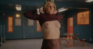 Helen Hunt nude topless Blindspotting 2021 s1e8 UHD 2160p Web 3