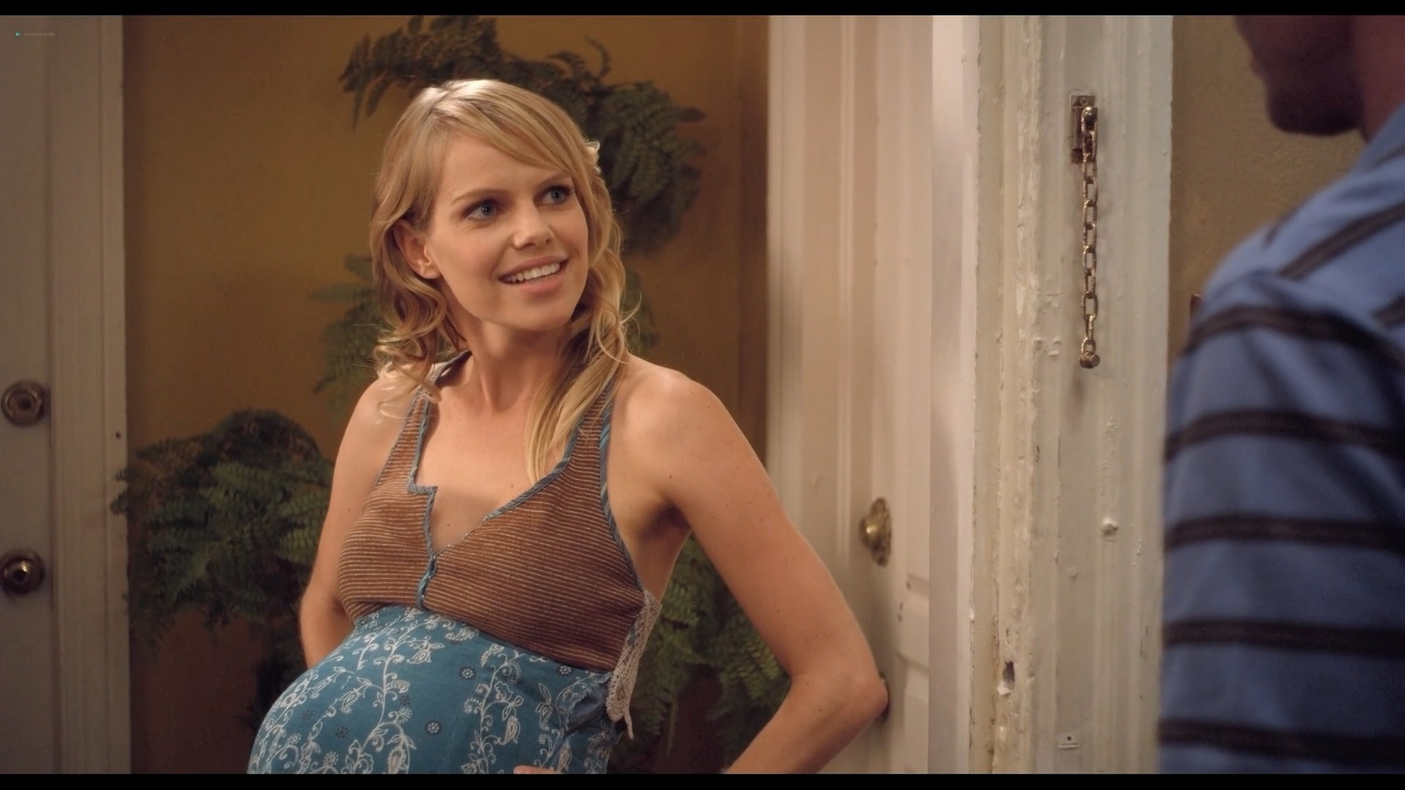 Mircea Monroe sexy Jessie Lee nude others nude and sexy The 41 Year Old Virgin 2010 1080p BluRay 14