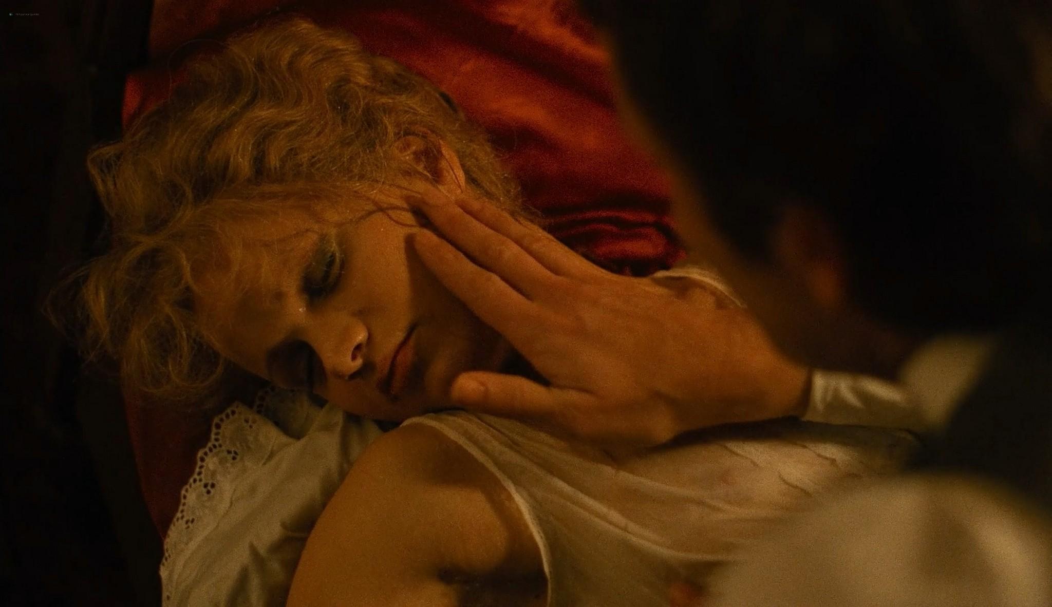 Renee Soutendijk nude full frontal Van de koele meren des doods NL 1982 1080p BluRay 6