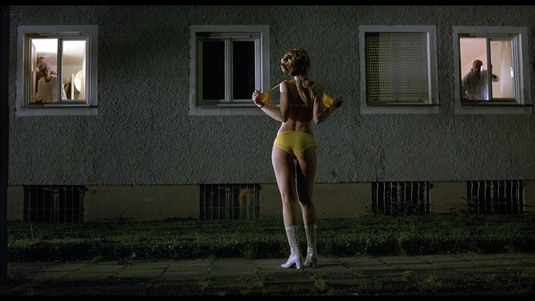 Sandra Ferrara nude full frontal Valentina Lodovini nude others sexy Pornorama DE 2007 1080p Web 14