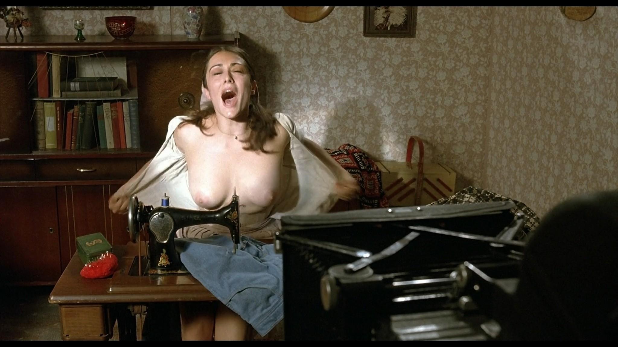 Sandra Ferrara nude full frontal Valentina Lodovini nude others sexy Pornorama DE 2007 1080p Web 15