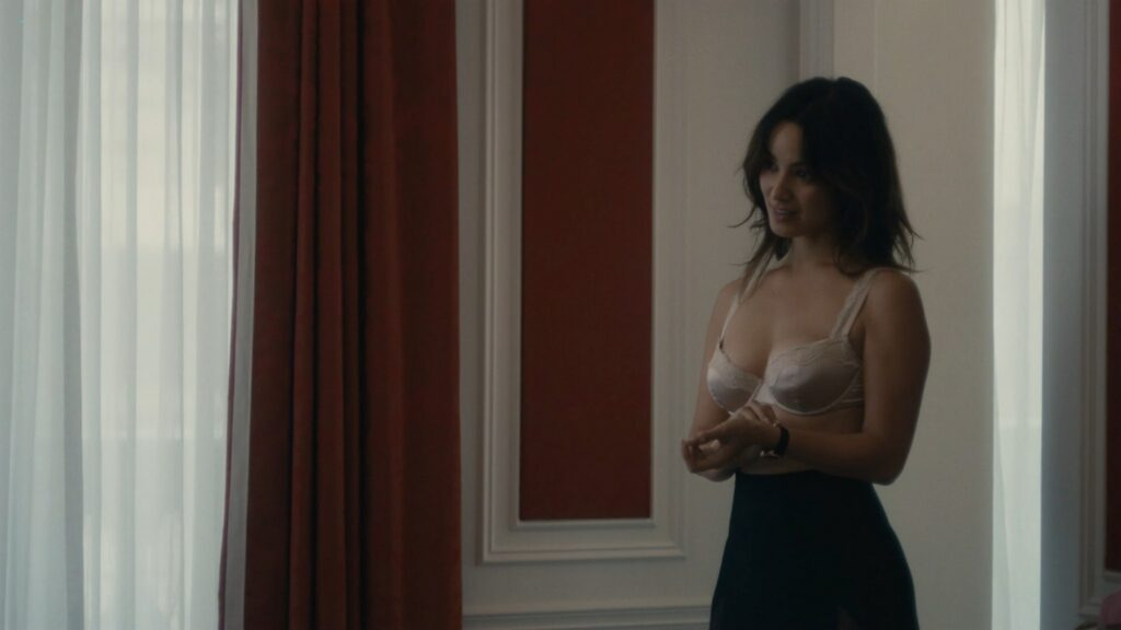 Berenice Marlohe hot and sexy 5 to 7 2014 1080p BluRay 7
