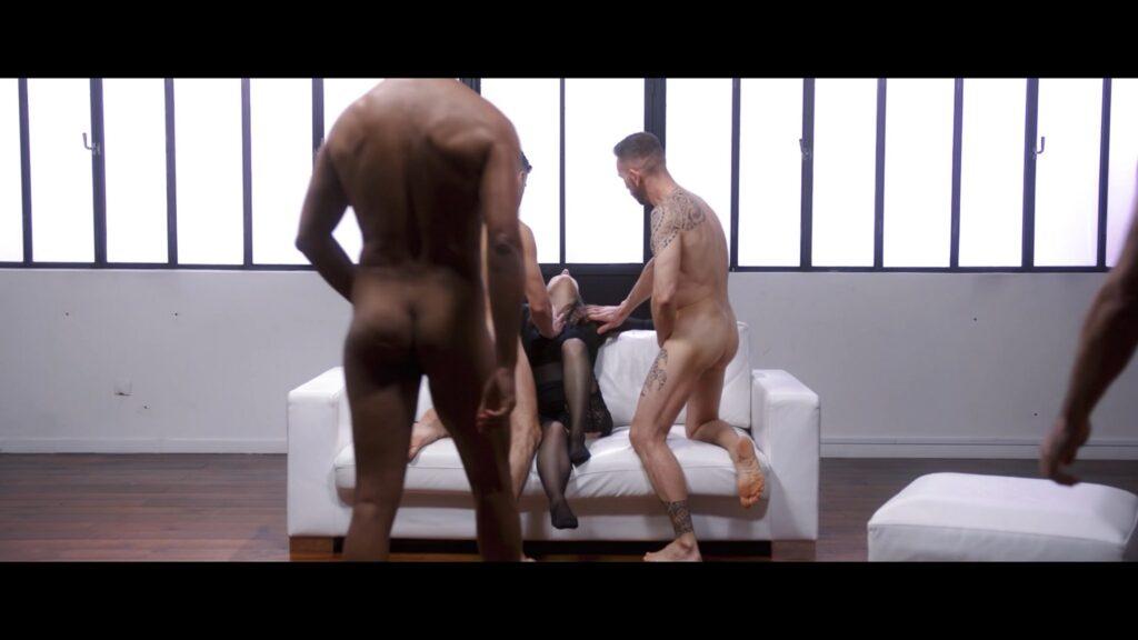 Camille Zenit nude in a group sex Noyee sous les paillettes 2021 1080p Web 2