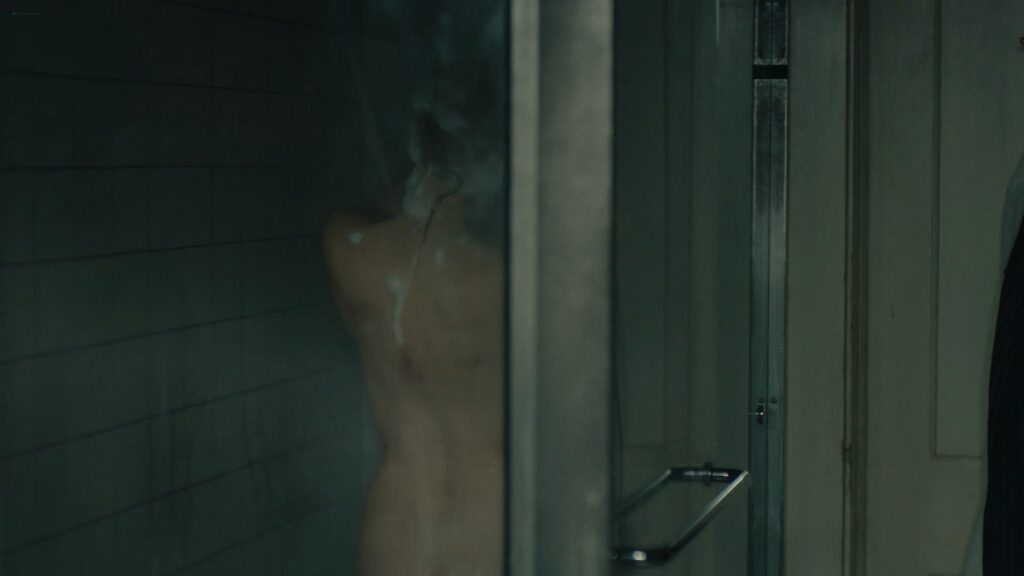 Jessica Chastain nude butt bush and side boob in the shower Scenes From a Marriage 2021 s1e2 1080p WEB 4