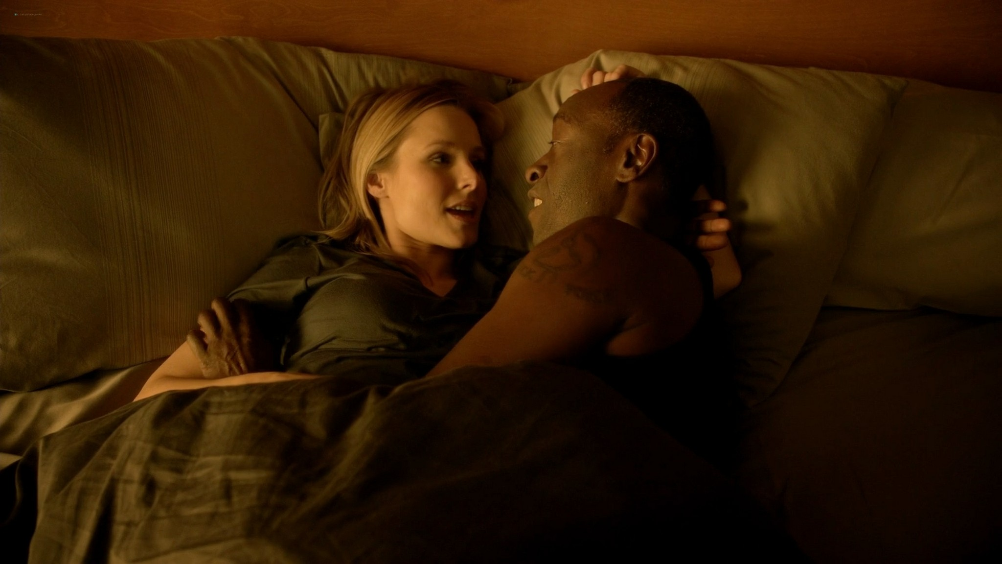 Kristen Bell hot and some sex House of Lies s03 2014 1080p Web 14