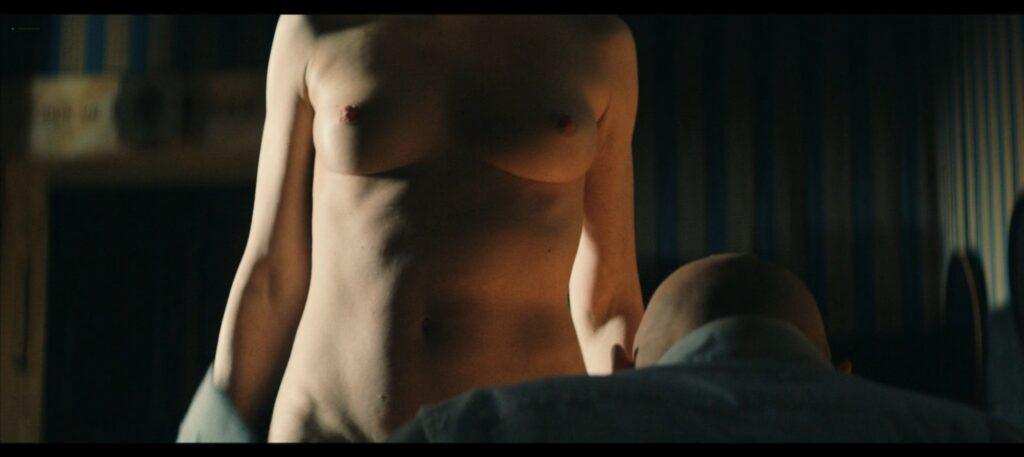 Janina Rudenska nude full frontall Martina Limonta Lidiya Liberman nude too Il cattivo poeta IT 2020 1080p Web