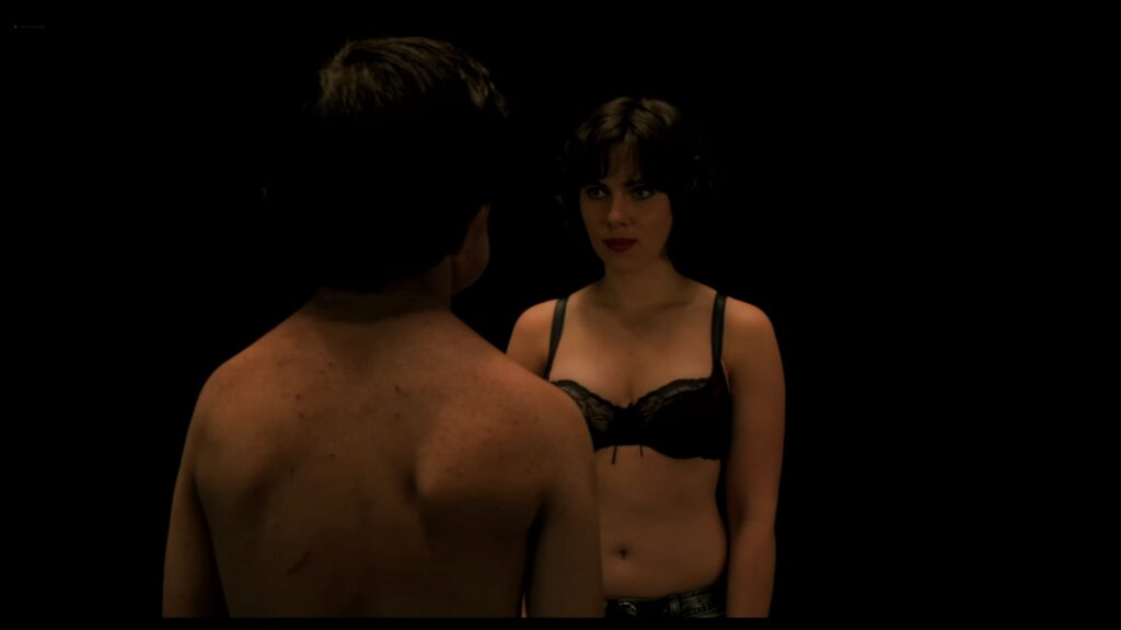 Scarlett Johansson nude full frontal Lynsey Taylor Mackay nude Under the Skin 2013 UHD 2160p 11