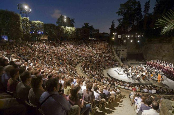 O teatro Grec, em Barcelona, é o ponto de partida do festival homônimo | Foto: Josep Aznar/CC