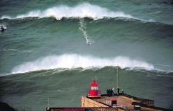 Praia do Norte,em Portugal |Foto: Surf Forecast