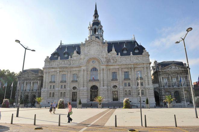 Apesar das áreas degradadas, Roubaix é uma cidadezinha muito agradável, com arquitetura clássica europeia | Foto: Mairie de Roubaix/Wikimedia