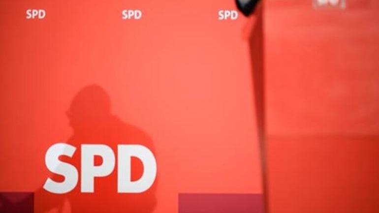Υπέρ των διαβουλεύσεων για τον μεγάλο συνασπισμό στελέχη του SPD