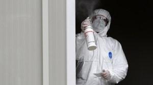 Τρεις θάνατοι αναφέρθηκαν σε 1 241 νέες περιπτώσεις Covid-19