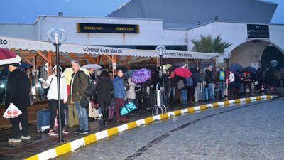 Χιλιάδες Τούρκοι έρχονται να κάνουν Πρωτοχρονιά στη Μυτιλήνη