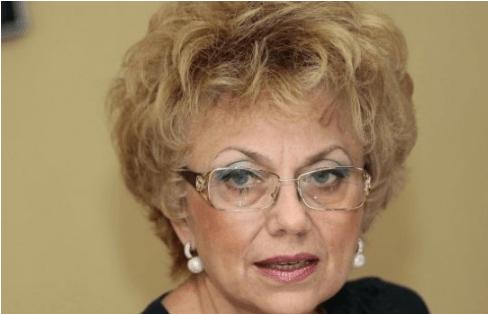 Валерия Велева: Когато Костов наливаше основит