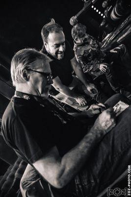 Arnaud Fournier & Franck Margerin, dédicace pour Dead Hippies, festival Musiques en stock (Cluses), le 5 juillet 2014.