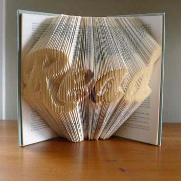 read-folded-book-sculpture