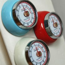 retro-magnetic-kitchen-timer_1