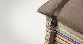 stool-made-from-stacked-magazines-6952