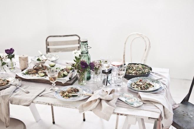 stół wiosną
